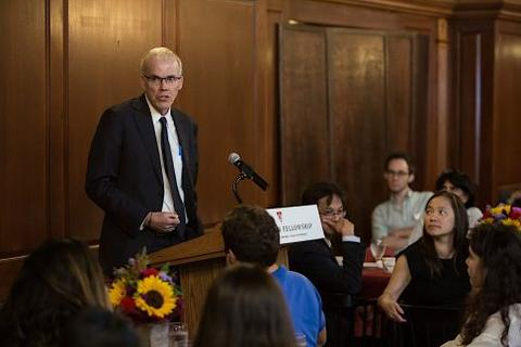 Bill McKibben speaks to students at Chubb Fellowship dinner