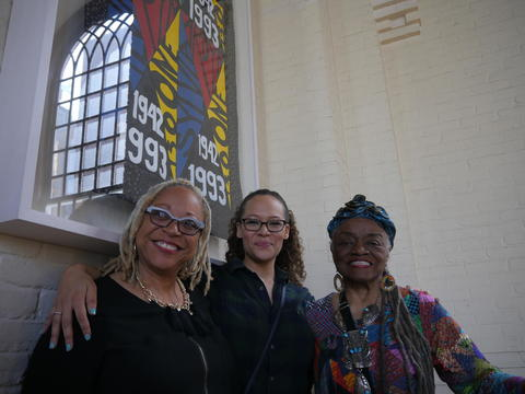 Faith Ringgold and Timothy Dwight Fellows at Quilt Dedication